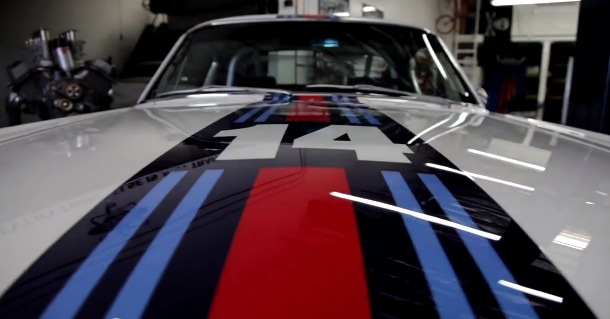 Ford_Mustang_Martini_Racing_1