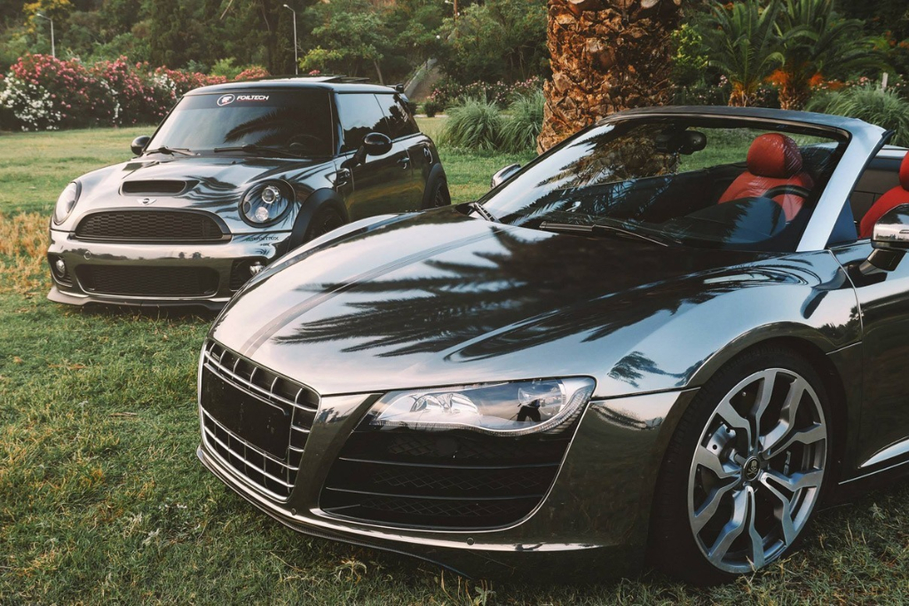Audi R8 + Mini Cooper S JCW Black Chrome by Foiltech