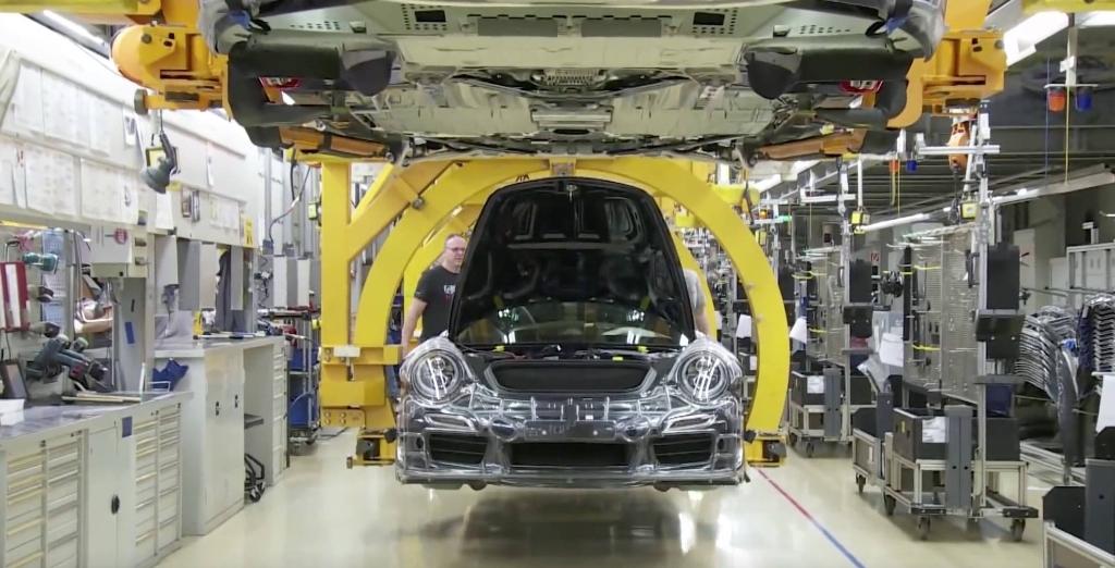 Les lignes de montage de la Porsche 911